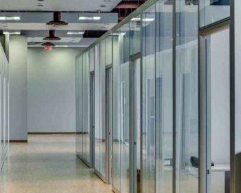 Алюминиевые перегородки со стеклом фото